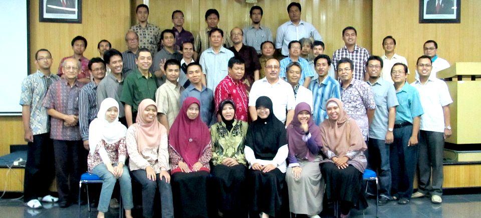 Pengajar Jurusan Ilmu Komputer dan Elektronika